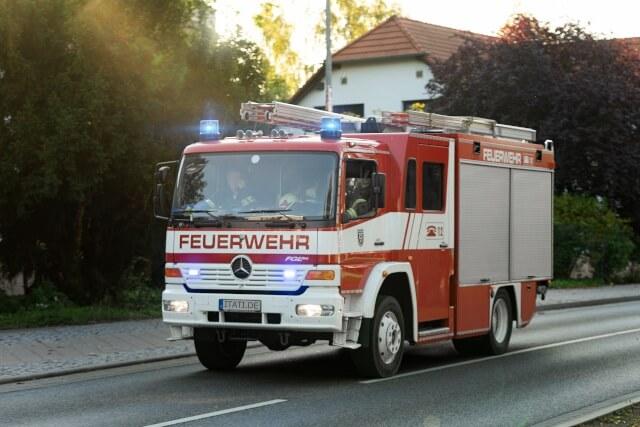 Feuerwehrauto-latzchen-fire-4555517-640-itati-komprimiert-2