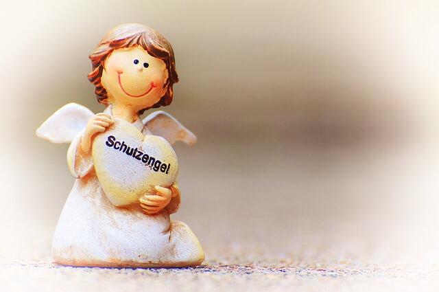 guardian-angel-3823438_640-komprimiert